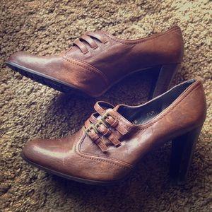 New Stuart Weisman Brown heels!